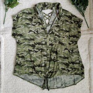 No-Bo Camo print, tie-front blouse